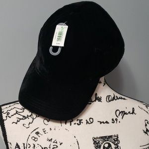 Gap Black velvet baseball hat